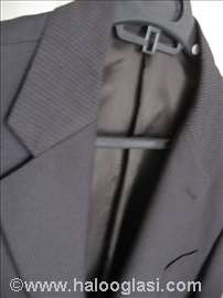 Zegna odelo br. 48, obučeno par puta, kao novo