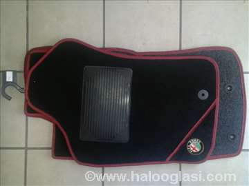 Alfa Romeo 147,   Patosnice tepih