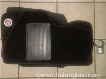 Fiat 500,   Patosnice tepih