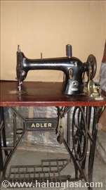 Adler nožna mašina