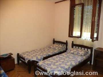 Crna Gora, Sutomore, kuća za odmor