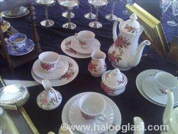 Porcelanski set za čaj