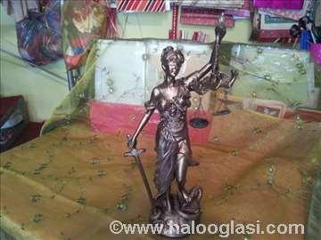 Figura boginje pravednosti