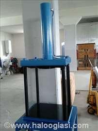 Univerzalna hidraulička presa H15