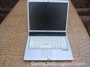 Fujitsu-Siemens LifeBook E8110, delovi!