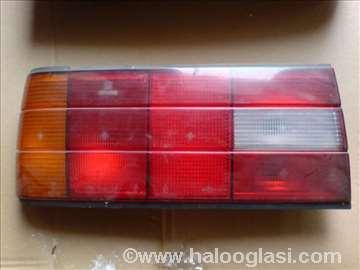 BMW E 30 leva lampa