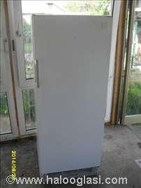 Veliki frižider Electrolux