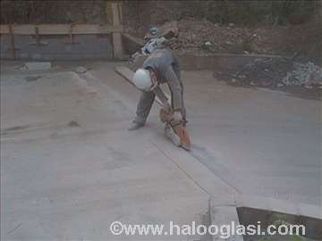 Servis beton za  rusenje 3E cm2