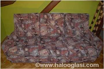 Trosed, 2 fotelje, 2 taburea + gratis trosed