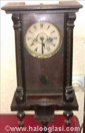 Zidni sat antikvitet