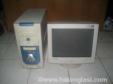 Pentijum 4 broj 1sa monitorom neispitan