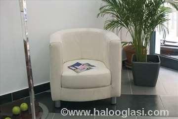 Fotelja Mija