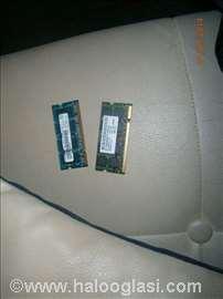2x DDR3 memorija
