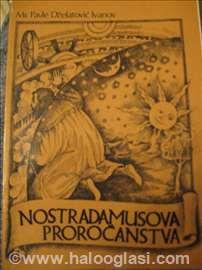 Knjiga: Nostradamusova proročanstva