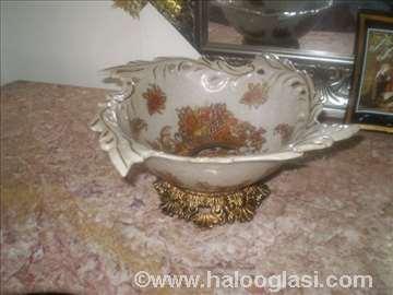 Rustična činija od porcelana