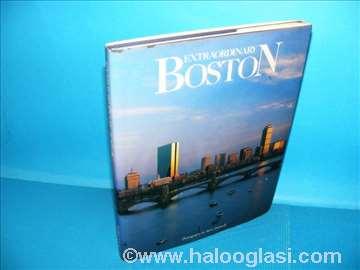 Extraordinary Boston, Monografija