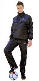 Kišna trenerka šuškavac