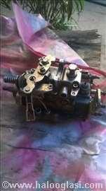 Prodajem bosh pumpu za dizel motor renault