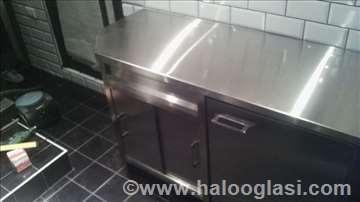 Radni stolovi i sudopere