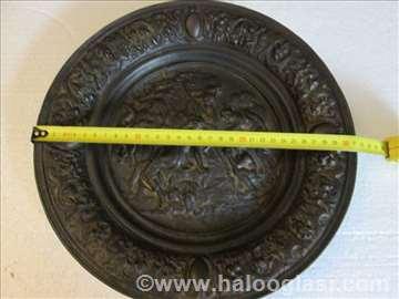 Ukrasni, metalni tanjir od 31cm