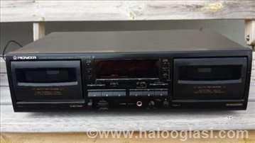 Pioneer kaset dekovi