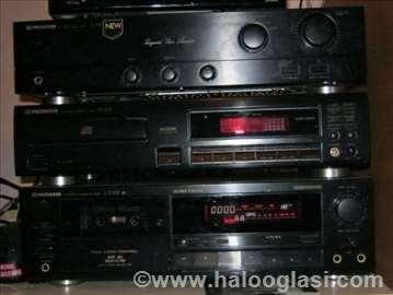 Pioneer maxi muzički stub i zvucnici Onkyo 2x100w