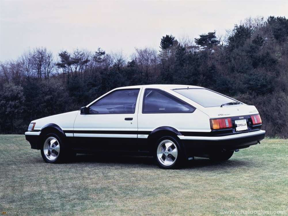 Toyota Corolla Ae86 Halo Oglasi
