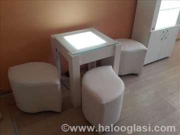 Klub stolić za kozmetički salon
