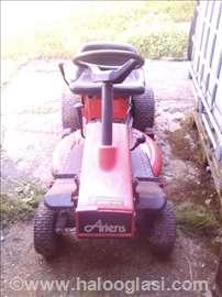 Traktor kosačica