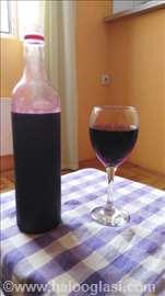 Vino kaberne sovinjon domaće kvalitetno