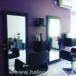 Ogledalo sa led efektom za frizerske salone