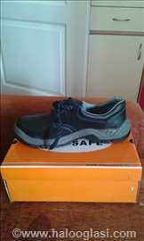 Nove muške radne patike-cipele