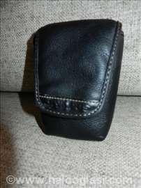 Kožna fototorba Olympus; 12x7x5cm, crna