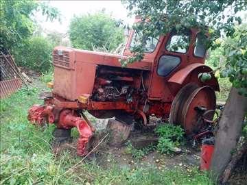 Belarus T40 u delovima