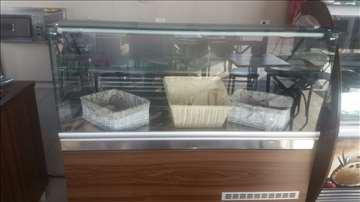 Izložbena rashladna vitrina