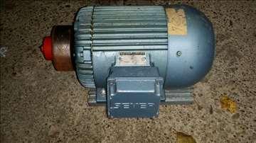 Elektromotor snage  3 kW , 1410 o/min