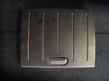 ford fusion poklopac kasete