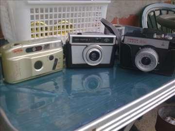 Tri foto aparata