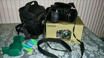 Fujifilm s3300, 14Mpix, 26x optički zoom