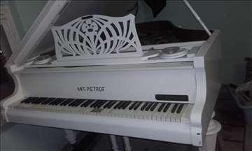 Klavir polukoncertni Ant.Petrof