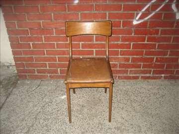 Akcija stolica, zamena