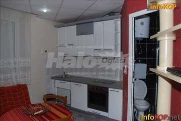 Prodajem apartman u centru Kopaonika