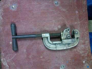Alat za ručno sečenje cevi