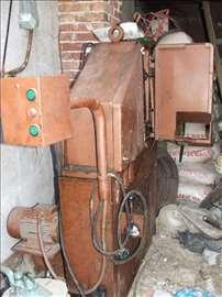 Mašina za izradu eksera
