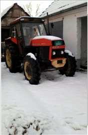 Traktor Ursus 904B