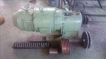 Elektromotor sa reduktorom
