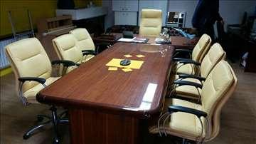 Kancelarijski nameštaj,sto,sedam stolica,orman,san