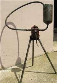 Uređaj za ručnu zamenu ulja