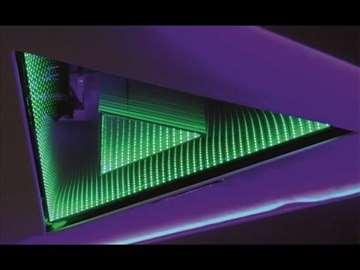 LED ramovi. reklame. stočići i plafoni