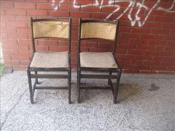 2 stolice tamne